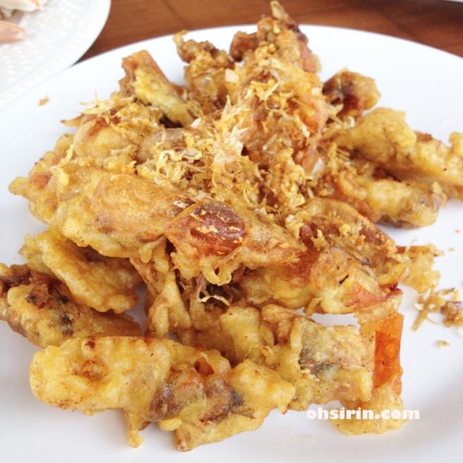 Soft-shelled crabs batter-fried
